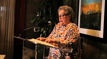 Kathy Bates Talks About Lymphedema at LE&RN's CA Fundraiser Dinner thumbnail Photo